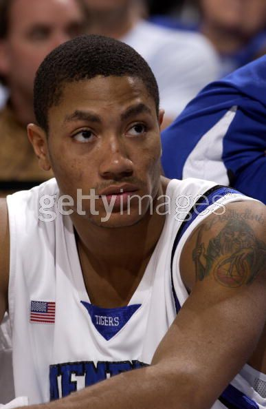 derrick rose tattoos on his back. Derrick Rose,