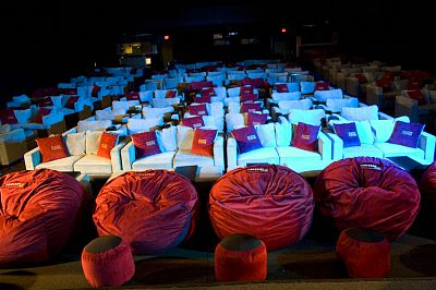Living Room Theatre On Dallas Inwood Theater Installed Its New Auditorium To